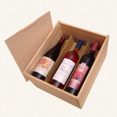 Bild Weinkisten fuer 6 Flaschen gestapelt