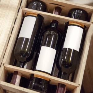 Bild Weinkisten mit Guillotinen